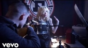 Video: Fall Out Boy - Rat A Tat (feat. Courtney Love)